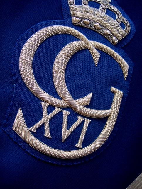 The Royal emblem on Odin's kettle drums