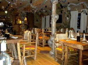 Haisai dining room